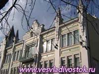Столетний Пушкинский театр по-прежнему молод