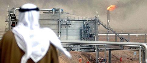 Каддафи не угодил Западу, потому что отказался приватизировать нефть